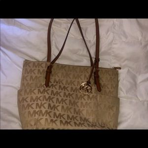 Michael Kors Jet Set Logo Tan